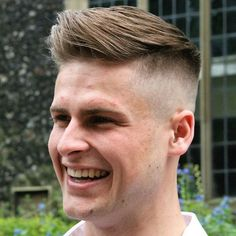 nice 75 Ideas for Low and High Skin Fade - Redefine Elegance and Masculinity Medium Skin Fade, High Skin Fade, Hot Haircuts, Hairstyles Men, Curly Perm, Look Man, Short Waves, Bald Fade, Long Bangs