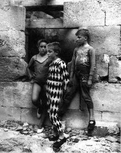 Lucien Clergue: Trio de Saltimbanques, Arles, France, 1955