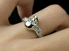 01 / Albus adamas - gothic skull  ring, skull engagement ring