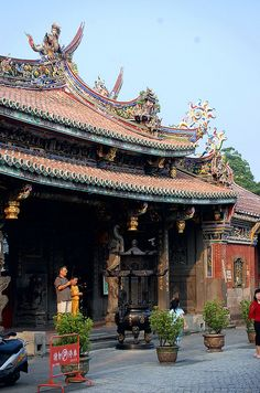 Paoan Temple, Taipei, Taiwan http://www.tripadvisor.jp/Attraction_Review-g293913-d552579-Reviews-Paoan_Temple-Taipei.html