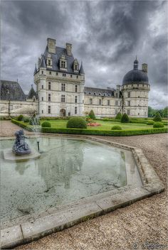 Valencay castle, Loire Region, France...  I wonder how one gets the opportunity to live in a castle...