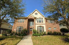** NEW LISTING ALERT ** Looking for a stunning two story in the highly desired subdivision of Mary's Creek in Pearland? Home is nestled near the heart of Pearland, convenient to schools, parks, shopping, dining, Pearland Pkwy, Beltway 8 & I-45! Feat. 5 bedrooms, 3.5 baths & 3 car garage. Oversized kitchen w/ granite counters and large island! Listed at: $385,000. Downstairs master has luxurious bath & walk in closet. Call The Christy Buck Team (832)-264-8934 today to schedule your…