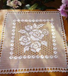 Filet Crochet, Crochet Patterns Filet, Crochet Tablecloth Pattern, Vintage Crochet Patterns, Crochet Bedspread, Crochet Motifs, Crochet Pillow, Crochet Books, Thread Crochet