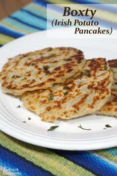 Boxty, or Irish potato pancakes, are easy to make and the perfect recipe for a dinner side dish or a snack! Frugal, Irish Potatoes, Dinner Side Dishes, Potato Pancakes, Breakfast Pancakes, Irish Recipes, Irish Meals, Vegetable Side Dishes, Vegetable Recipes