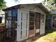 beautiful junk: Recycled Door Garden Shed Small Backyard Gardens, Backyard Patio, Backyard Ideas, Old Doors, Back Doors, Garden Shed Diy, Upcycled Garden, Recycled Door, Greenhouse Shed
