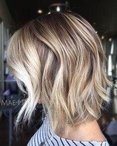 Asymmetrical Bob Haircuts, Choppy Bob Hairstyles, Long Bob Haircuts, Down Hairstyles, Blonde Hairstyles, Thick Blonde Highlights, Medium Choppy Hair, Choppy Bobs, Wavy Bobs