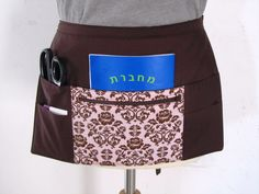 Craft Vendor Waitress Apron with 6 pockets pink by Tracey Lipman, $28.50