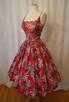 1950's Hawaiian Print Sundress