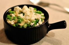 Creamy Garlic Peas Recipe - RecipeChart.com