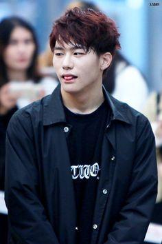 Kang Seung Sik 강승식 || Victon || 1995 || 180cm || Main Vocal