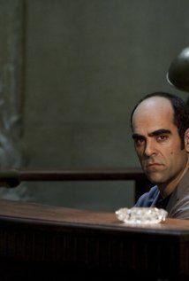 """MIENTRAS DUERMES  Film inquietante, quasi morboso, che sembra sempre sul punto di decollare, per poi frenare all'improvviso. L'interpretazione del protagonista e il finale, però, valgono da soli il biglietto.  RSVP: """"Con gli occhi dell'assassino"""", """"Cape Fear"""".  Voto: 7."""