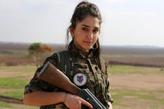 PEGIDA PEGIDA Gestern um 14:47    #PEGIDA #RESPEKT #GuteJagd (Y)  (...)Christliche Fraueneinheit - Hausfrauen und Mütter ziehen gegen IS in den Krieg  Früher erzogen sie ihre Kinder heute kämpfen sie gegen Terroristen: Die erste christliche Frauenmiliz ist fest entschlossen die Islamisten zu besiegen. Ihre Familien sind stolz.(...)  Imad Karim (Y)  (...)Mutig ist nicht der der sich bei Caritas über nicht zu gut zubereitete Halal-Wurst beschwert sondern die die Heimat Familie und Freiheit…