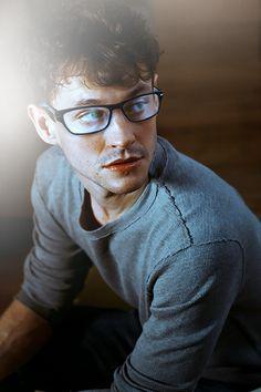 Hugh Dancy + glasses = be still, my nerd girl heart. <3
