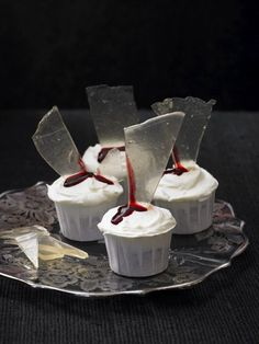 Gory Cupcakes- cool!! Originally designed by Lily Vanilli.
