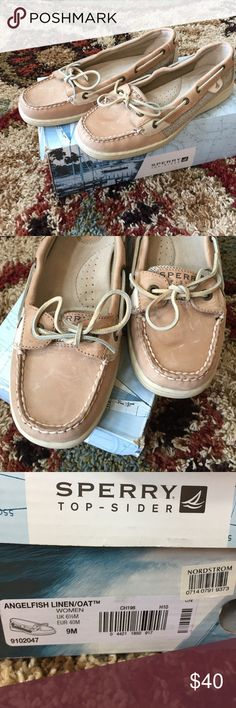 New in Box Women Sperry Angelfish Linen/Oat New in Box Sperry Angelfish Linen/Oat. Few scratches on top. See pictures. Sperry Top-Sider Shoes Flats & Loafers