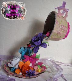 A Magia do Quilling e Papel: Chávena e Flores em Papel (para decoração, arranjos de mesa, casamentos, etc..)