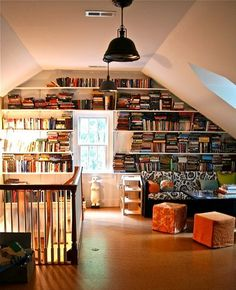 backstein tapete hausbibliothek offene bücherregal holz ...