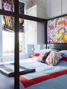 Wonderful Josef Frank is used in this bedroom in London | Ben Pentreath Ltd