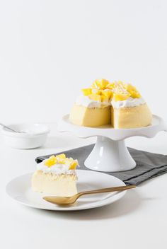 Cheesecake Japonais, Coco & Mangue | Lilie Bakery