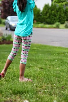 Zaaberry: Girls Capri Leggings - Free Pattern and Tutorial size 8 yrs