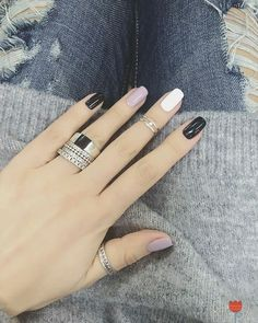 Lovely Nails Art Design Ideas Suitable Cold Weather 21 Nice nail art design ideas suitable for cold weather Gorgeous Nails, Love Nails, Fun Nails, White Nail Designs, Nail Art Designs, Trendy Nail Art, Super Nails, Nagel Gel, Nail Arts