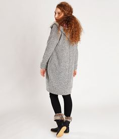 sewing pattern coat malu - with hood / without pockets - back view Sewing Clothes, Diy Clothes, Clothes For Women, Coat Patterns, Sewing Patterns Free, Pattern Sewing, Sewing Ideas, Crochet Patterns, Diy Fashion