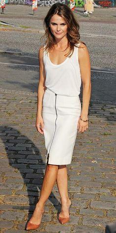 Keri Russell in The Row and Belstaff *skirt front zipper detail @ hem