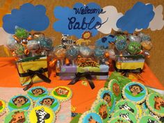 Jungle Baby Shower with Decorated Cookies #junglebabyshower #cookies