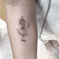 10 tatouages minimalistes signés par le talentueux Dr Woo