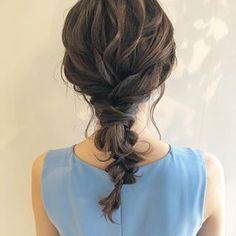 ミディアムの編み下ろし★ . . . 毎日ブログ更新中✨ . #ヘアアレンジ #ヘアスタイル #ヘアセット #お呼ばれヘア #編み下ろし#ローポニー #柏#柏美容室 #美容室求人#美容師求人 #hair#hairarrange#hairstyle #編髪#髮型#捲髮#造型 #发#头发#时尚 #染发 Hair Setting, Hair Designs, Wedding Hairstyles, Curly Hair Styles, Hair Care, Dreadlocks, Photo And Video, Medium, Lace