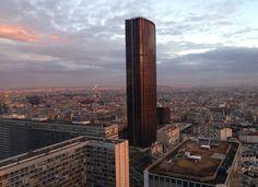 Tour Montparnasse en soirée