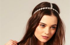 Pour un petit côté bohème chic, ce headband fera parfaitement l'affaire!