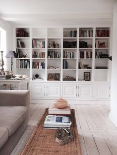 Do It Yourself Discover Ideas Home Office Design, Home Interior Design, House Design, Built In Furniture, Furniture Design, Bookcase With Glass Doors, Bookshelves Built In, Home Libraries, Home Additions