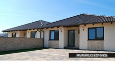Kamenný obklad  HRADNI BRIDLICE BEZOVOHNEDA | InHaus Modern House Colors, Home Fashion, Facade, House Plans, House Design, Mansions, Architecture, House Styles, Outdoor Decor