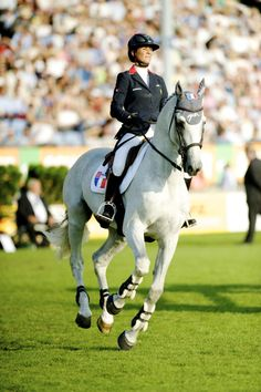 Mylord Carthago & Penelope Leprevost. I like that she always seems to ride horses in simple bits. The horses seem more natural, less complicated. Beautiful rider.
