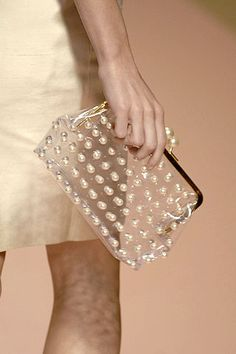 blumarine clear and pearl clutch My Bags, Purses And Bags, Fashion Bags, Love Fashion, High Fashion, Couture, Transparent Bag, Clear Bags, Little Bag