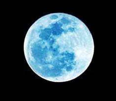 Lua azul hoje à noite, só volta a acontecer em 2015