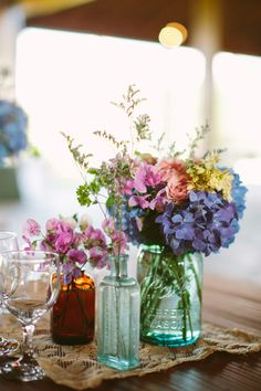 Flowers (NOT jars) Photography By / http://sarahderphotography.com,Planning By / http://soireeva.com