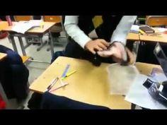 현란한 손놀림의 고등학생 - high school student`s fish dressing show