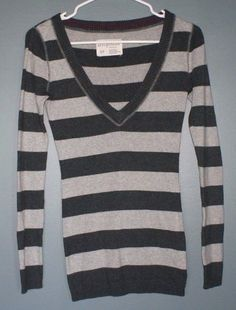 Diane Gilman DG2 gray v neck cashmere sweater womens size M ...