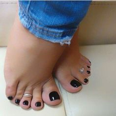 These are Perfect. Pretty Toe Nails, Pretty Toes, Feet Soles, Women's Feet, Sexy Zehen, Foot Pedicure, Nice Toes, Painted Toes, Beautiful Toes
