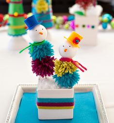 Holiday DIY: Yarn Pom Snow People // Hostess with the Mostess®