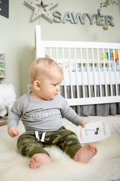 Babe: Milestone World  Adorable sets of photo cards to document and remember those important dates and special memories.