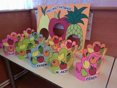Top 40 Examples for Handmade Paper Events - Everything About Kindergarten Healthy Food Activities For Preschool, Kindergarten Activities, Preschool Activities, Creative Crafts, Diy And Crafts, Vegetable Crafts, Fruit Crafts, Crown For Kids, Holiday Program