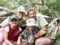 Bindi Irwin Shares the Final Photo She Took With Her Father, Plus a Heartbreaking Message