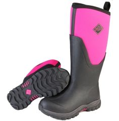 Updated to get you through the coldest winters, the Women's Arctic Sport II by The Original Muck Boot Company® delivers optimal comfort and warmth. A stretch-fit topline binding insulates the leg to contain heat, making it an ideal choice for any cold-weather outdoor activity. Warm fleece lining and a thermal foam underlay in the instep maximizes heat, while the slip-resistant rubber outsole adds protection and durable traction.