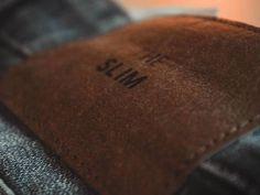 Nutrientes: Cuatro cosas que hay que hacer todos los días para adelgazar sin darte cuenta Brown Leather Shoes, Leather Case, Paper Pot, Ruled Paper, Focus Photography, Detailed Image, Free Images, Sunglasses Case, Dietas Detox