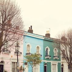 London Townhouses, what is not to love? Would you find it hard to live in the pink one?