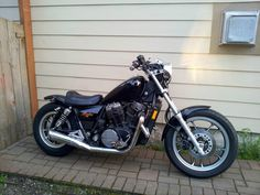 '83 Shadow 750 Bobber #2