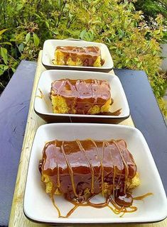 Εκπληκτικό γλυκό καραμέλας !!!! Greek Easter Bread, Special Recipes, Greek Recipes, Hot Dog Buns, Sausage, Pork, Sweets, Beef, Caramel